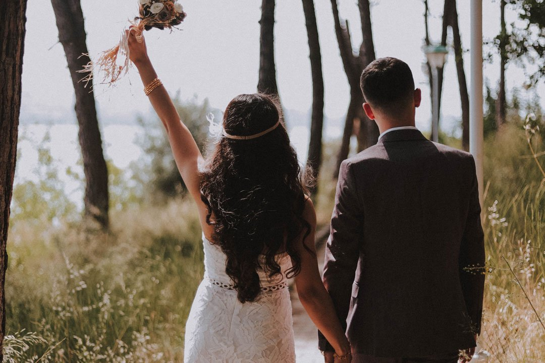 Live Streaming Outdoor Wedding